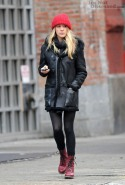 chloe-sevigny-and-dr-martens-1460-boots-gallery