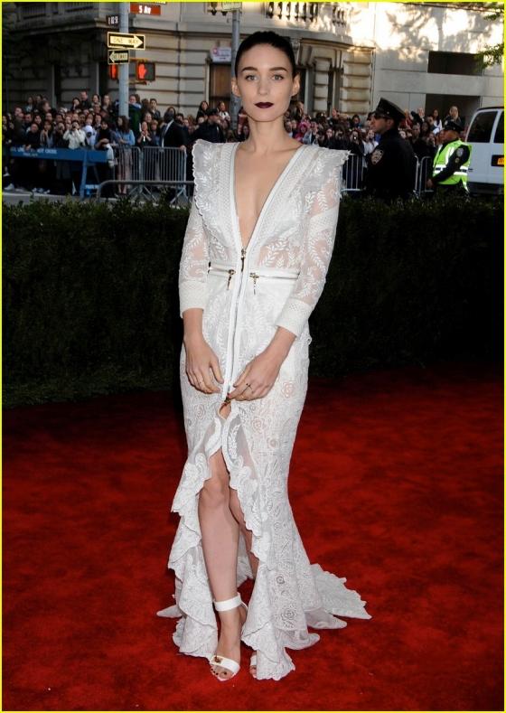 Rooney Mara Pose