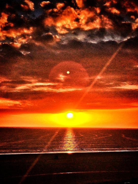 Orange Sunset by @rumbleskout3