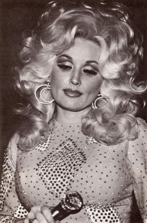 Dolly_Parton_Big-Hair-2